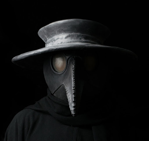 the black plague doctor's mask